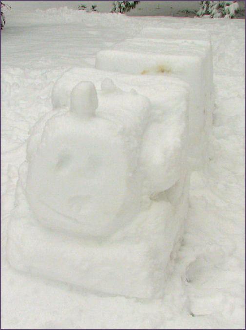 snow thomas the tank engine, front view