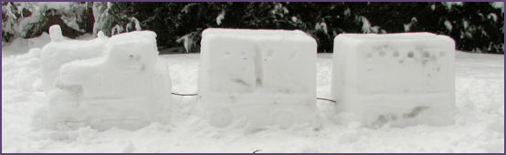 side view of Thomas Snow Sculpture