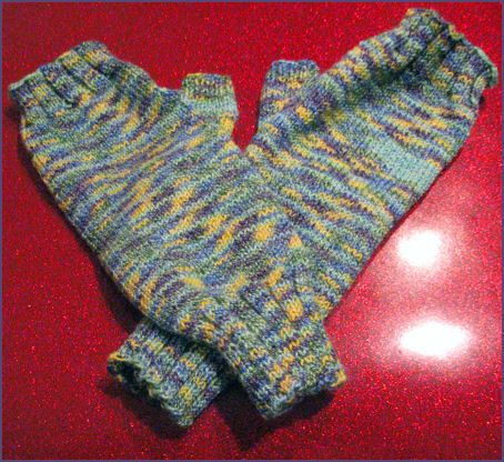 fingerless gloves made with sock yarn